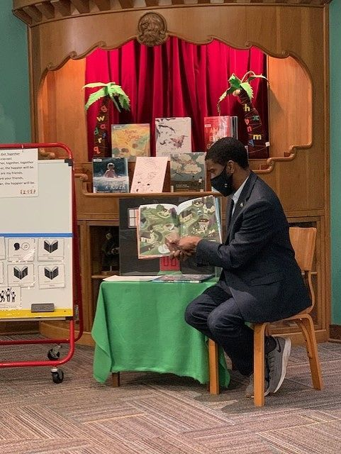 Mayor Carter at Storytime